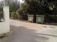 Πάτρα: Μιλούν για εγκατάλειψη στη συνοικία της Παραλίας - Δείτε φωτογραφίες
