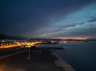 Η νύχτα ομορφαίνει την Πάτρα (pics)