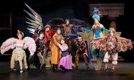 Mε επιτυχία η πρεμιέρα της παράστασης 'Ιστορίες του παππού Αριστοφάνη' (pics)