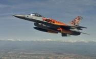 Οι 'Τίγρεις' του Αράξου και της Πολεμικής Αεροπορίας γιορτάζουν (vids)