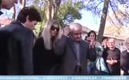 Συγκλόνισε με τα όσα είπε ο πατέρας του Κατσίφα πάνω από το μνήμα του (video)