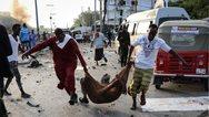 Μογκαντίσου: Διπλασιάστηκε ο αριθμός των θυμάτων από την επίθεση καμικάζι