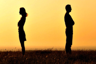 4 καταστάσεις που δείχνουν ότι δεν είναι πια ερωτευμένος μαζί σου