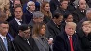 Ο βασιλιάς του Μαρόκου αποκοιμήθηκε κατά τη διάρκεια ομιλίας του Εμμανουέλ Μακρόν (video)