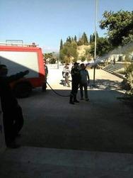 Πάτρα: Φωτιά εκδηλώθηκε σε προαύλιο σχολείου (pics)