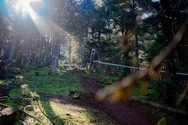Εντυπωσιακά 'κλικ' από το downhill race των Καλαβρύτων (pics)