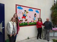 Ο 'σούπερ παππούς' της Πάτρας ξανά στην ενεργό δράση σε ένα ξεχωριστό σχολείο (pics)