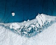 Οι πάγοι λιώνουν: Ένα θέαμα που προκαλεί ανησυχία
