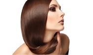 Τρία βήματα για μαλλιά πιο λαμπερά από ποτέ