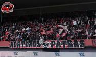 Nortenos Patras: Χόρευαν στην βροχή, εκεί στην σκεπαστή για την... καψούρα τους! (pics+video)