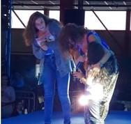 Ξετρέλανε το κοινό της η μικρή… Φουρέιρα (video)