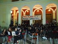Πάτρα: Η διαμαρτυρία του Μουσικού Σχολείου στην πλατεία Γεωργίου, έγινε συναυλία (pics+vids)