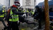 Μεγαλύτερες οι ζημιές στο Παρίσι εξαιτίας των 'Κίτρινων Γιλέκων'