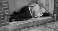 Η Πάτρα και η κοινωνία της είναι με τα... μπούνια στο 'τούνελ' της φτώχειας!