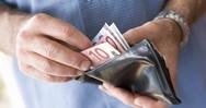 Πάτρα: Οι αυξήσεις στους εργαζόμενους έφτασαν τα...12 και κάτι ευρώ