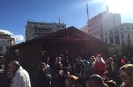 Πάτρα: Όργιο αισχροκέρδειας με τον Άγιο Βασίλη, μπροστά από την Χριστουγεννιάτικη Φάτνη!