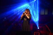 Ενθουσίασε το κοινό της Πάτρας η Ελένη Τσαλιγοπούλου, στη συναυλία αγάπης (pics)