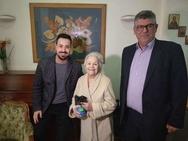 Η πρώτη φωτογραφία της Μαίρης Λίντα μέσα από το γηροκομείο!