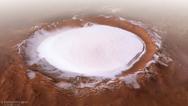 Εντυπωσιακή φωτογραφία από τον χιονισμένο Άρη