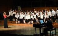 Πάτρα - Μουσικές και χριστουγεννιάτικα τραγούδια από τα σύνολα του Δημοτικού Ωδείου (pics)