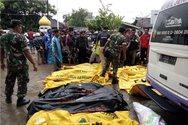 Ινδονησία: Εικόνες ολέθρου με 222 νεκρούς και εκατοντάδες τραυματίες και αγνοούμενους (pics+video)