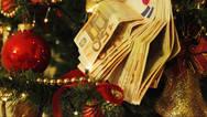 Πάτρα: Ο νόμος της σιωπής στην αγορά για το δώρο των Χριστουγέννων
