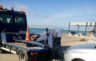 Πάτρα: Γερανός 'σήκωσε' τα αυτοκίνητα στο μόλο της Αγίου Νικολάου! (φωτο)