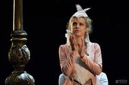 Έλλη Τρίγγου - Η Πατρινή 'Βιόλα' κάνει αίσθηση στον 'Ερωτευμένο Σαίξπηρ'