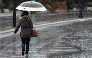 Παραμονή Πρωτοχρονιάς με ισχυρές βροχές σε όλη τη χώρα