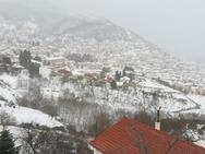 Χωμένη στο χιόνι η Ευρυτανία (φωτο)