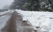 Αχαΐα: Κλειστή από χιόνια η επαρχιακή Καλαβρύτων