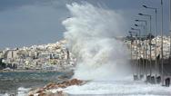 Θυελλώδεις άνεμοι σαρώνουν το Αιγαίο