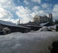 Ο χιονιάς 'σκέπασε' το Λεόντιο Αχαΐας και το έκανε ακόμα πιο γραφικό (φωτο)