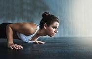 Το 8λεπτο βραδινό workout που μπορεί να μεταμορφώσει το σώμα σου (video)