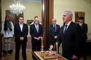 Ορκίστηκε υπουργός Άμυνας ο Ευάγγελος Αποστολάκης (φωτο)