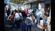 Χαμόγελα στα ασυνόδευτα προσφυγόπουλα της Μόριας
