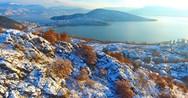 Εναέρια περιήγηση στη χιονισμένη Καστοριά! (video)
