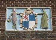 Άμστερνταμ: Τα παράξενα μεσαιωνικά οδόσημα του