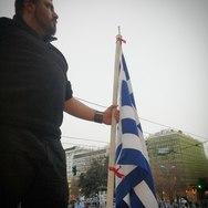 """""""Σκηνές ρίγους"""" - Πατρινός μιλάει για την εμπειρία του στο συλλαλητήριο στην πλατεία Συντάγματος"""