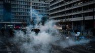 Μικρά παιδιά «πνίγονται» από τα χημικά στο συλλαλητήριο (video)