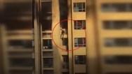 Ένοικοι πολυκατοικίας πήδηξαν σε άλλο όροφο για να γλιτώσουν από τη φωτιά (video)