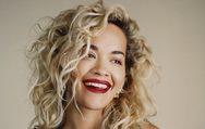 Σέξι πόζες από τη Rita Ora (φωτο)