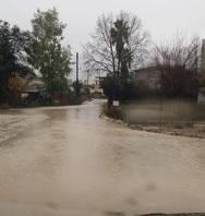 Πάτρα: Πλημμύρισαν δρόμοι σε Σαραβάλι και Δεμένικα