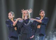 """""""Μάγεψε"""" τη Eurovision στη Γαλλία τραγουδώντας το 'Fuego' της Ελένης Φουρέιρα (video)"""
