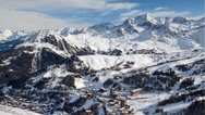 Γαλλικές Άλπεις: Ένας νεκρός και δύο τραυματίες από χιονοστιβάδα