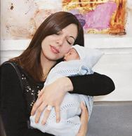 «Έφυγε» από τη ζωή η πρώτη γυναίκα που γέννησε μετά από μεταμόσχευση καρδιάς