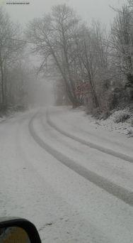 Σφοδρή χιονόπτωση στη Λέσβο (φωτο)