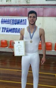 Στέφανος Κακογιάννης - Ο πρωταθλητής από την Πάτρα που φέρνει τα πάνω κάτω και... όλα τούμπα!