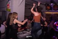 Ο χορός στις Χάντρες, είναι απαραίτητο στοιχείο για μια τέλεια βραδιά! (φωτο)