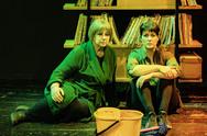 Πάτρα: Μια ξεχωριστή παράσταση με δυο γυναίκες επί σκηνής (pics+video)